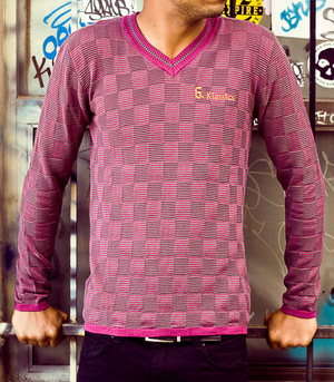 G.K. CHESS MENS V-NECK SWEATER