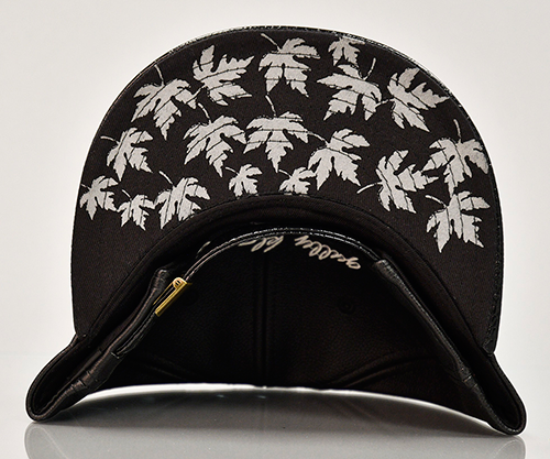 Enjoy this timeless Toronto Maple Leafs Hat Black Leather Cap as you proudly rep the city