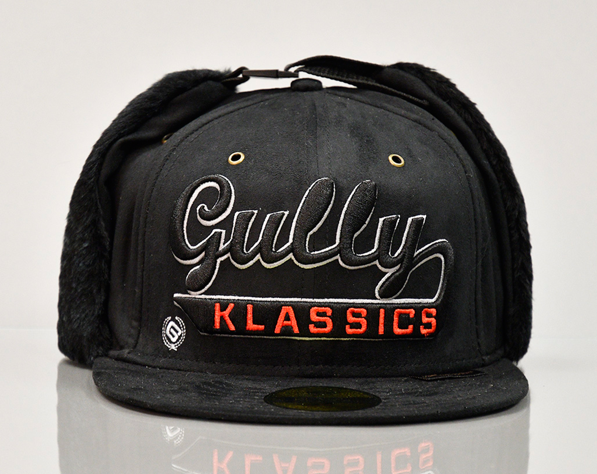 GULLY KLASSICS BLACK SUEDE WINTER CAP
