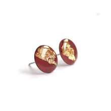 Load image into Gallery viewer, Mauve Gold Flake 12mm Stud Earrings