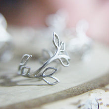 Load image into Gallery viewer, Matte Brushed Silver Olive Branch Ring