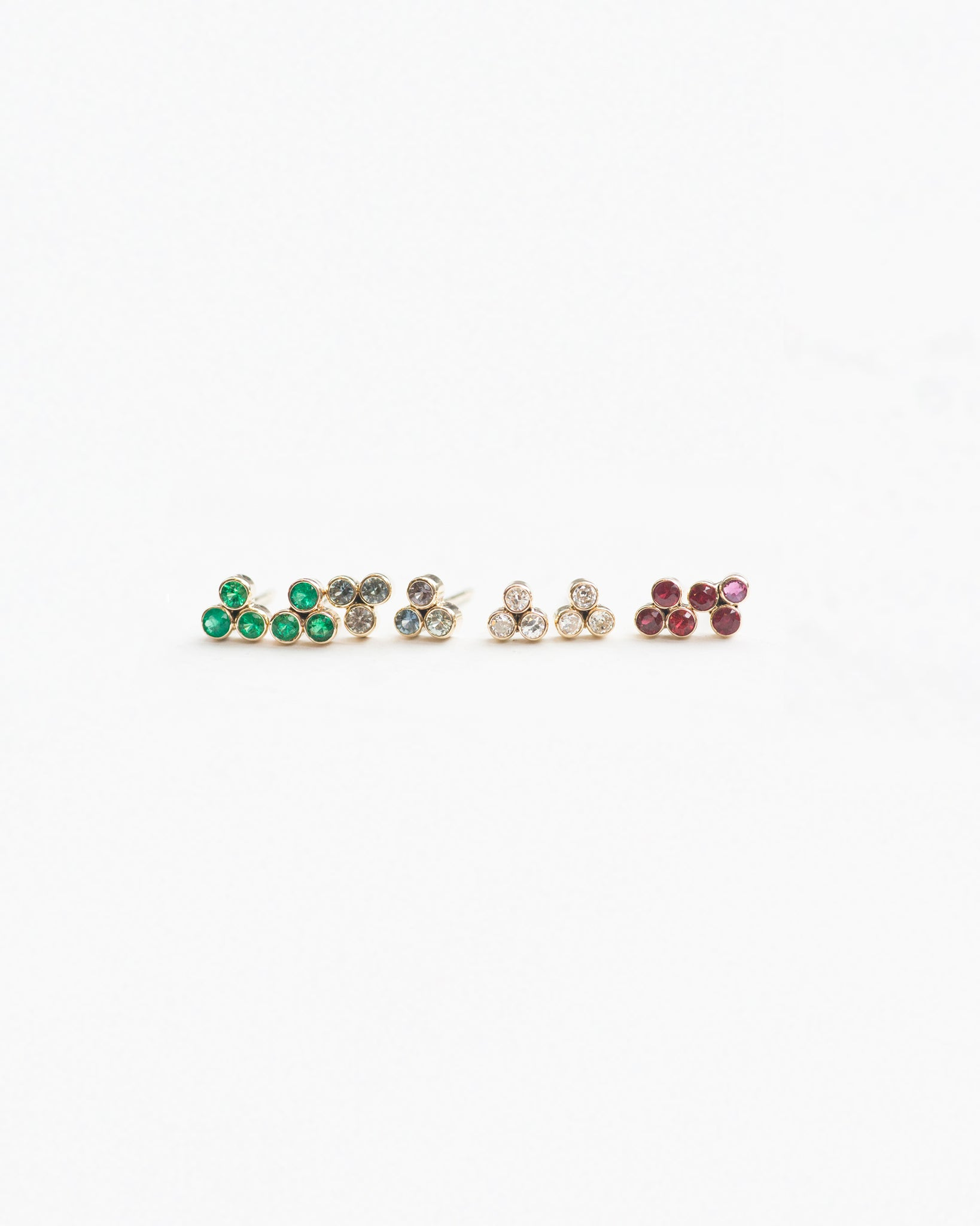 Three dot studs