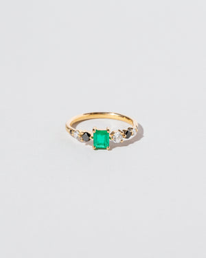 Front view of Emerald Seven Sisters Ring