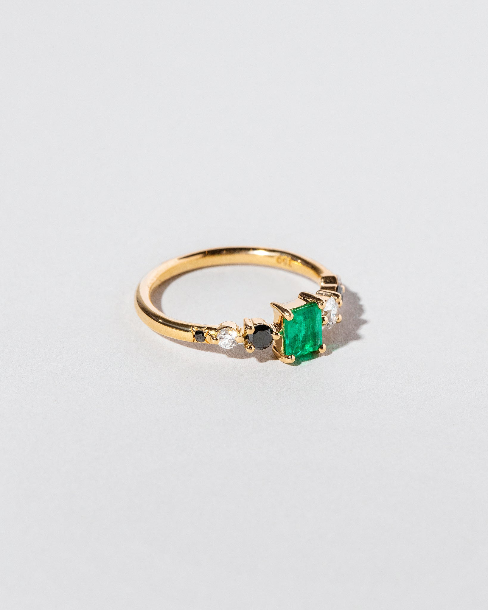 Left view of Emerald Seven Sisters Ring