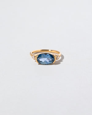 Beau Ring front view