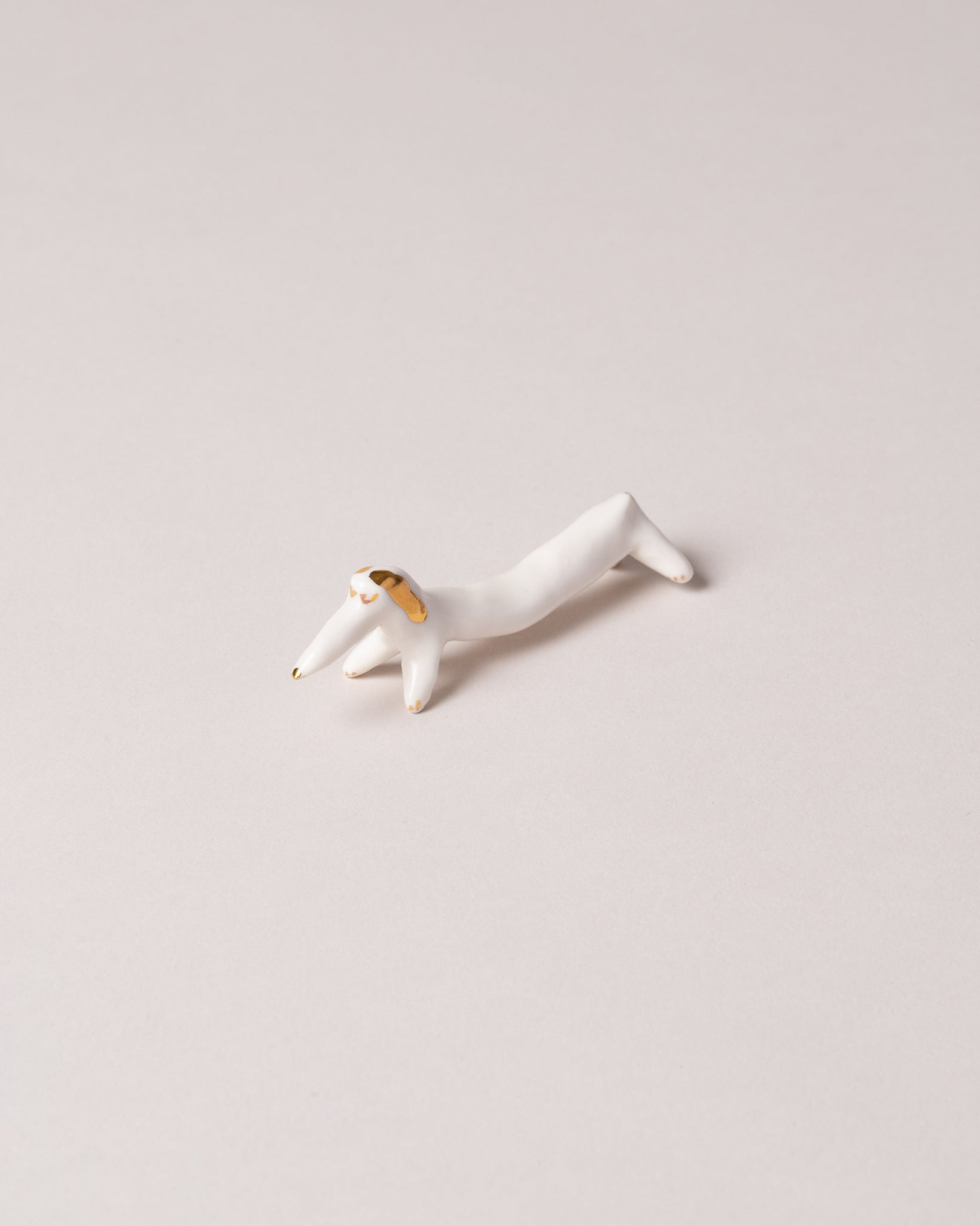 Chopstick Dog Rest Gold