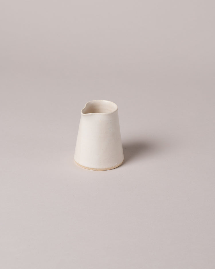 Tiny Creamer in off-white