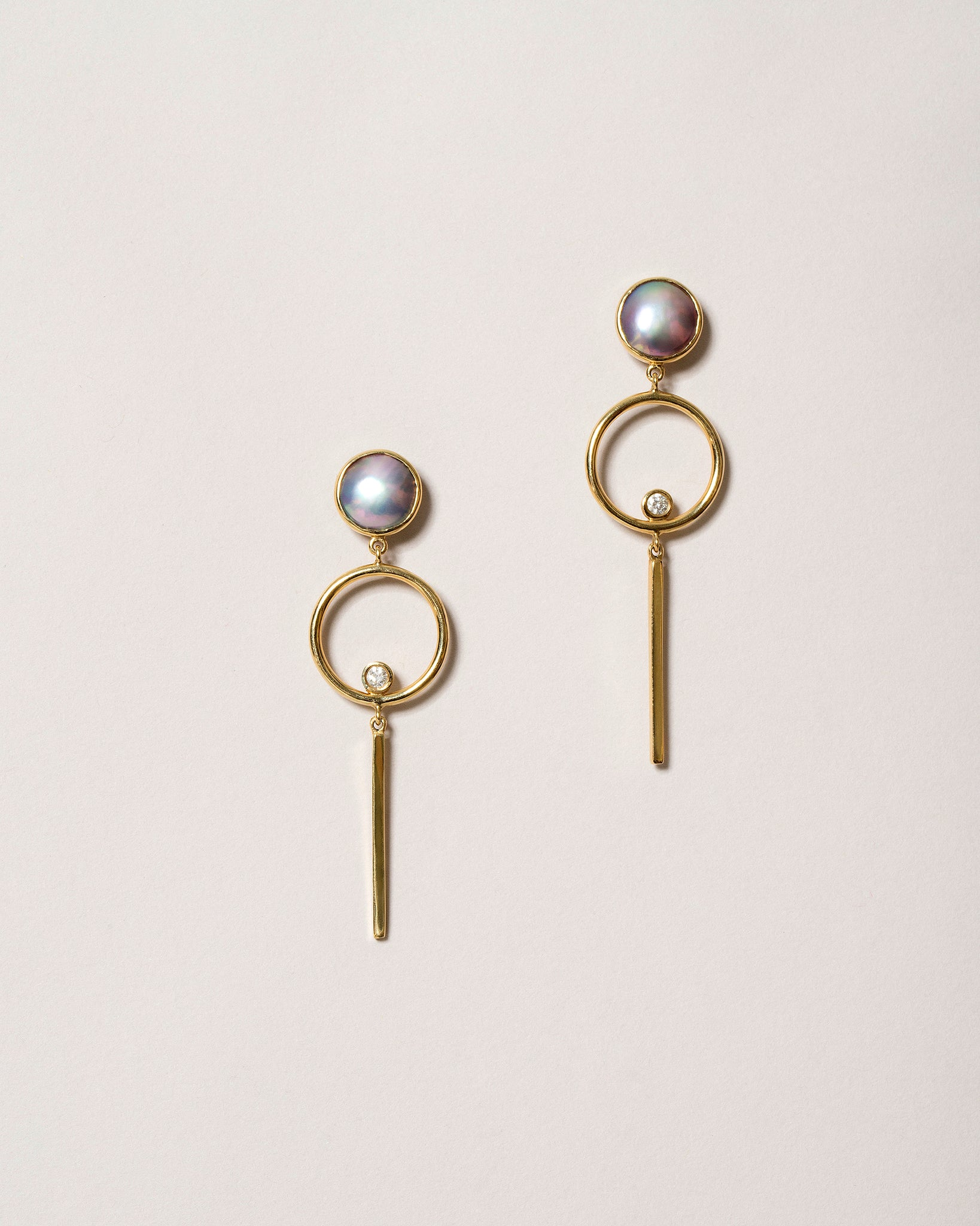 Figure 8. Drop Earrings Front View