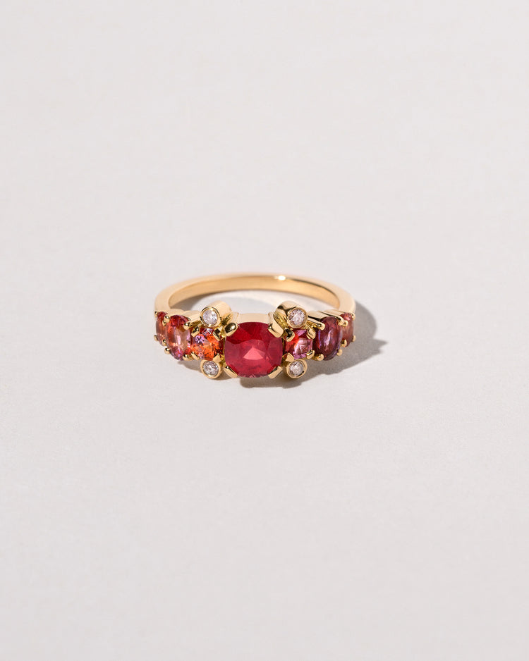 Front view of the Gladiola Ring