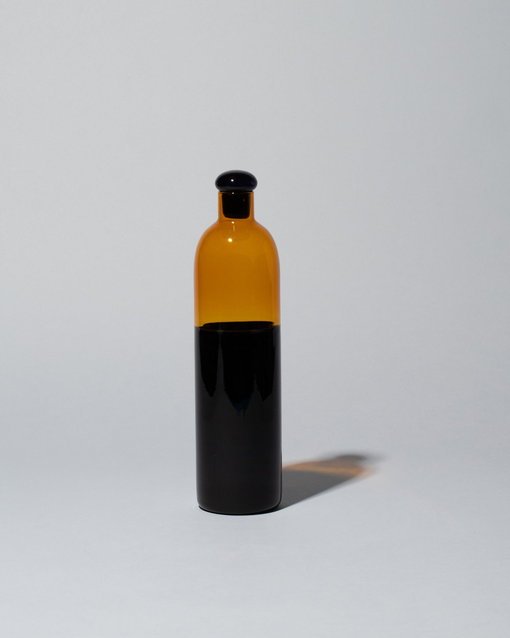 Ichendorf Milano Light Colore Bottle in Amber Black