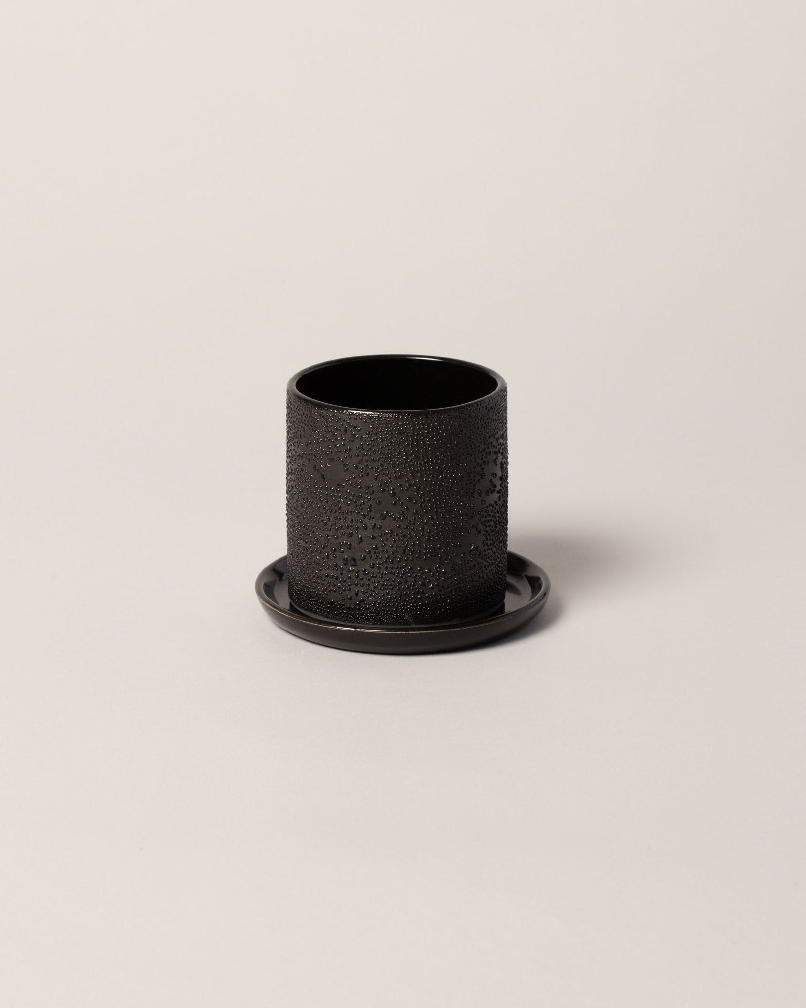 Dew Planter in Black