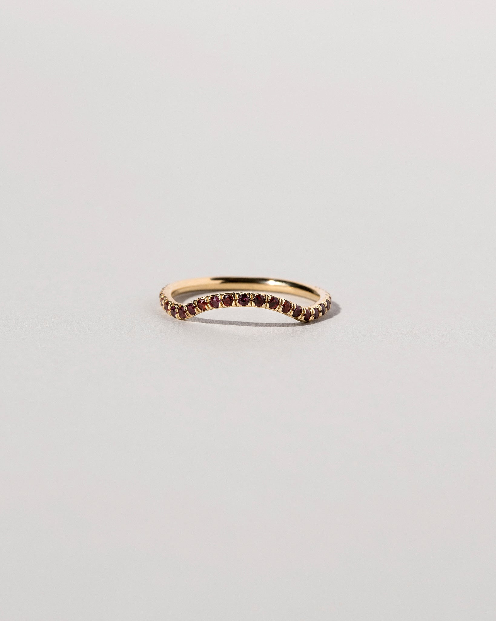 Mini Curve Band Pavé Red Ant Hill Garnets