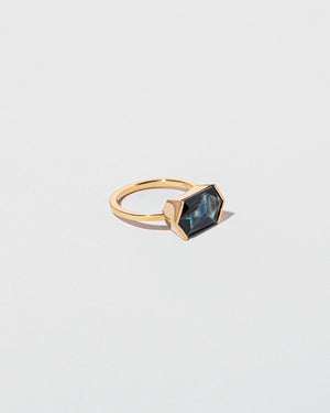 Callisto Ring right facing