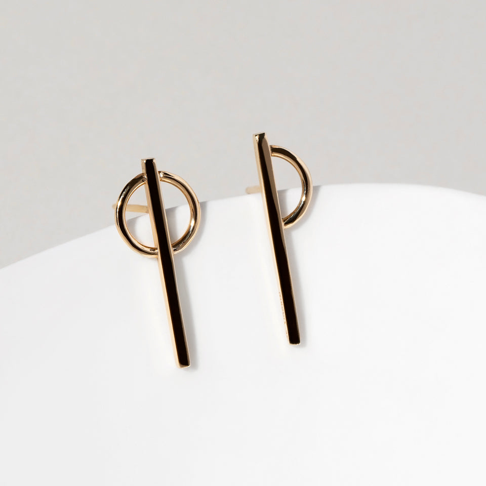 Stilt Dance Stud Earrings