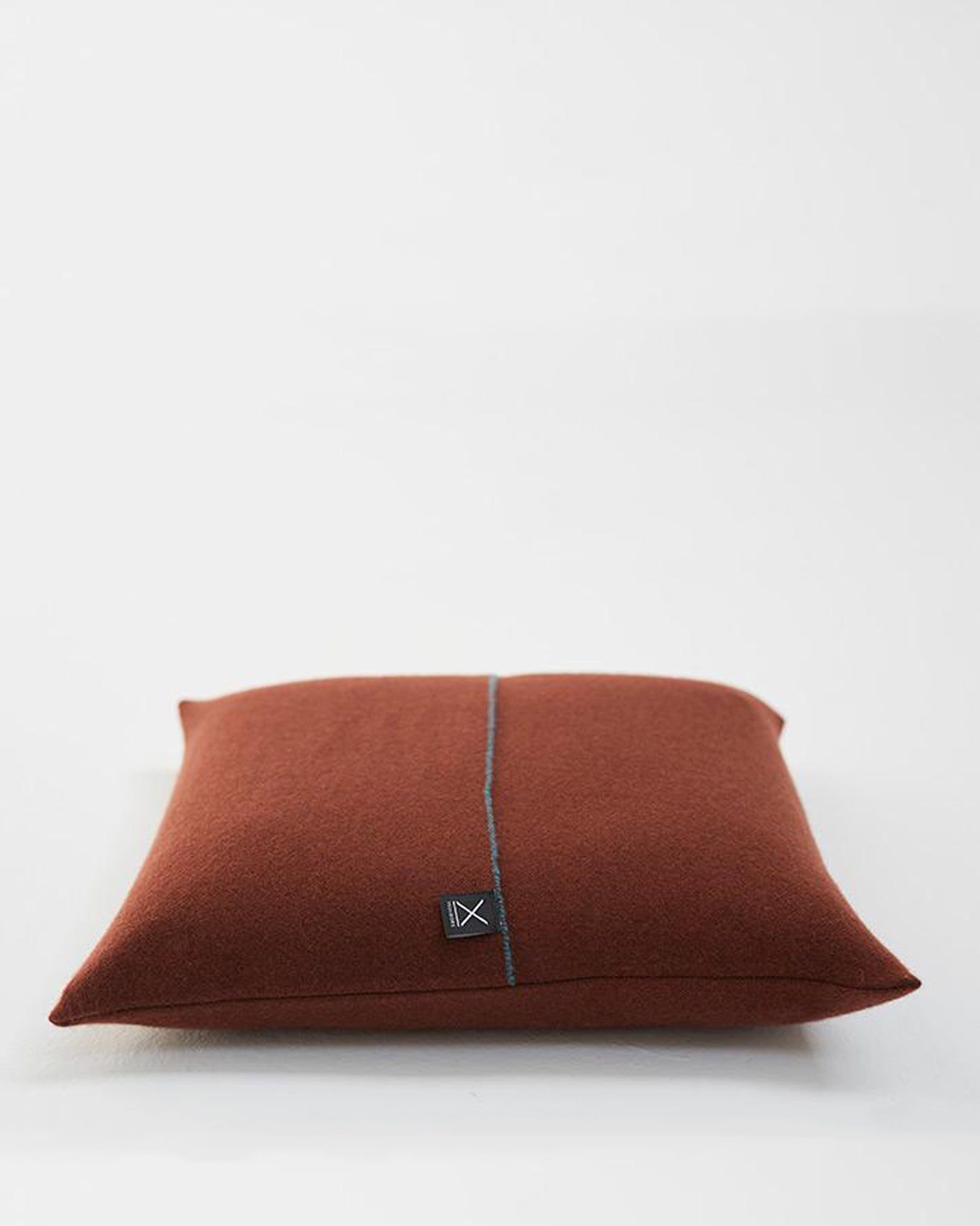 Teixidors Cushion Cover Jazz in Dark Copper