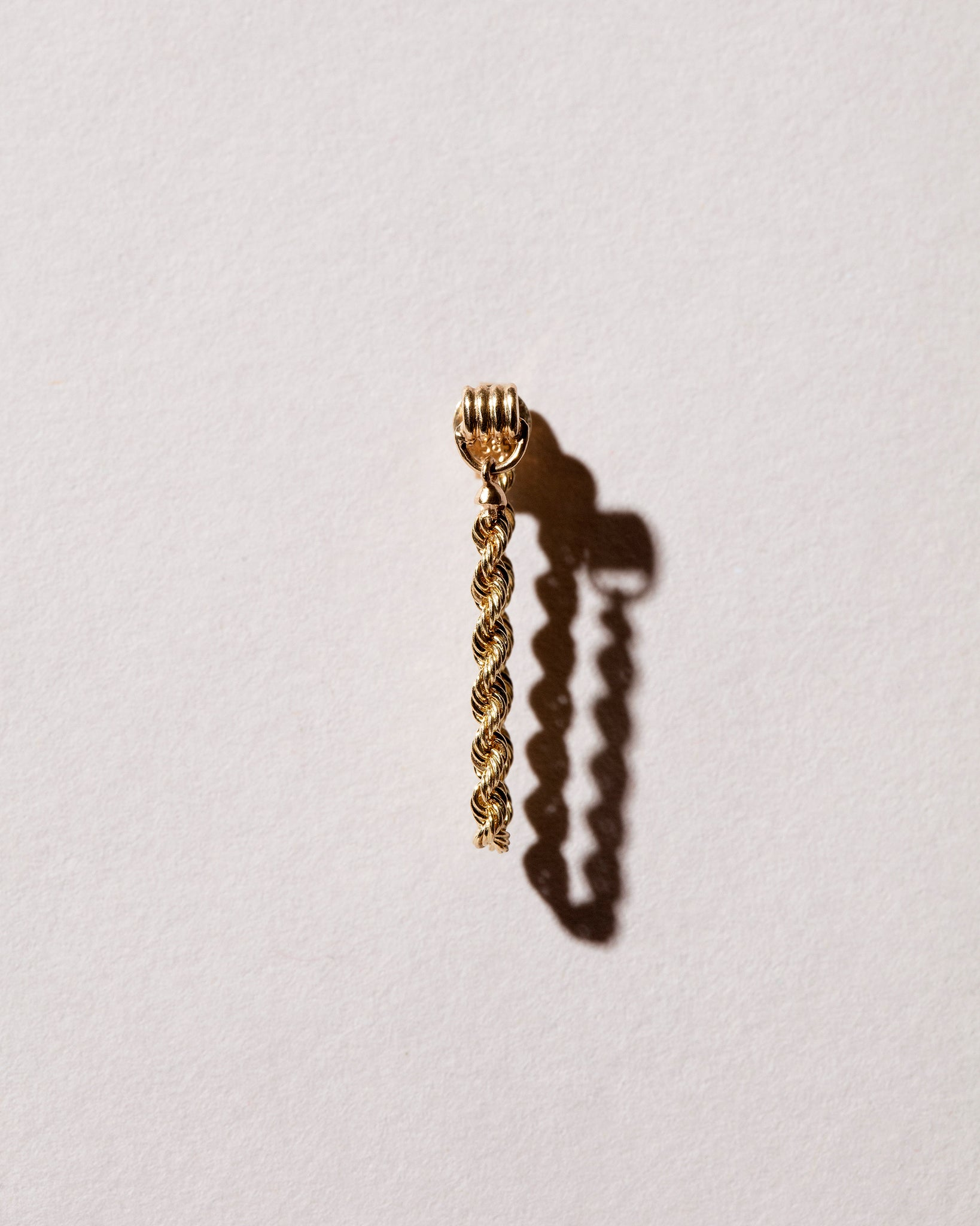 Golden Twist Stud single