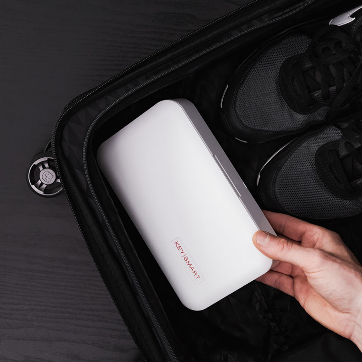 Portable & lightweight - great for business travel and sterilizing at hotels and airports