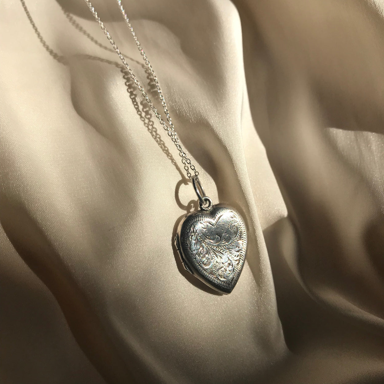 Stormi Vintage Locket