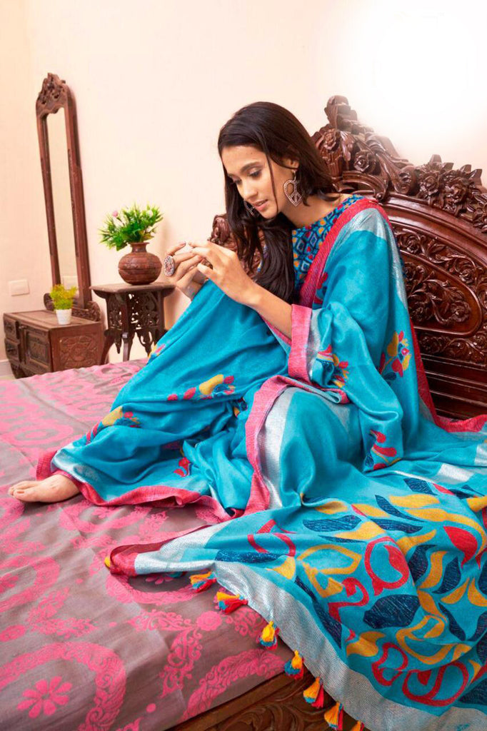 Captivating Sky Blue Colored Casual Wear Printed Linen Saree