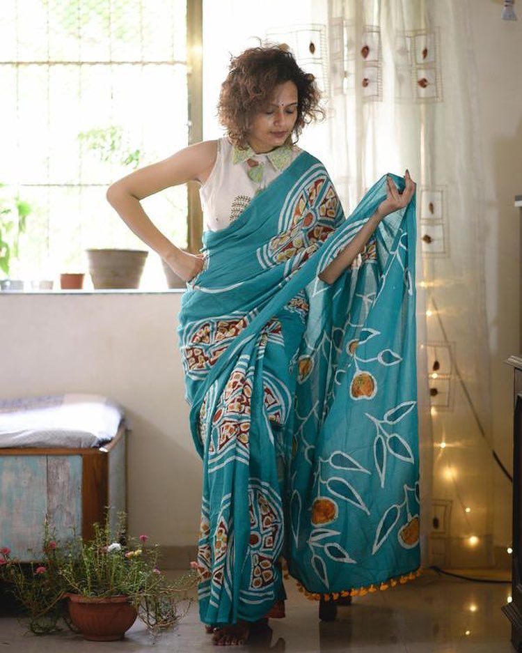 Starring Sky Blue Colored Party Wear Printed Pure Linen Saree