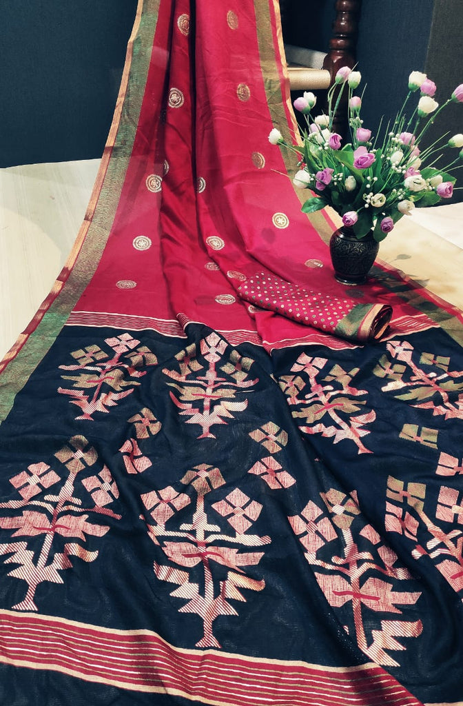 Majesty Pure Linen Pink And Blue Colored Festive Wear Printed Saree
