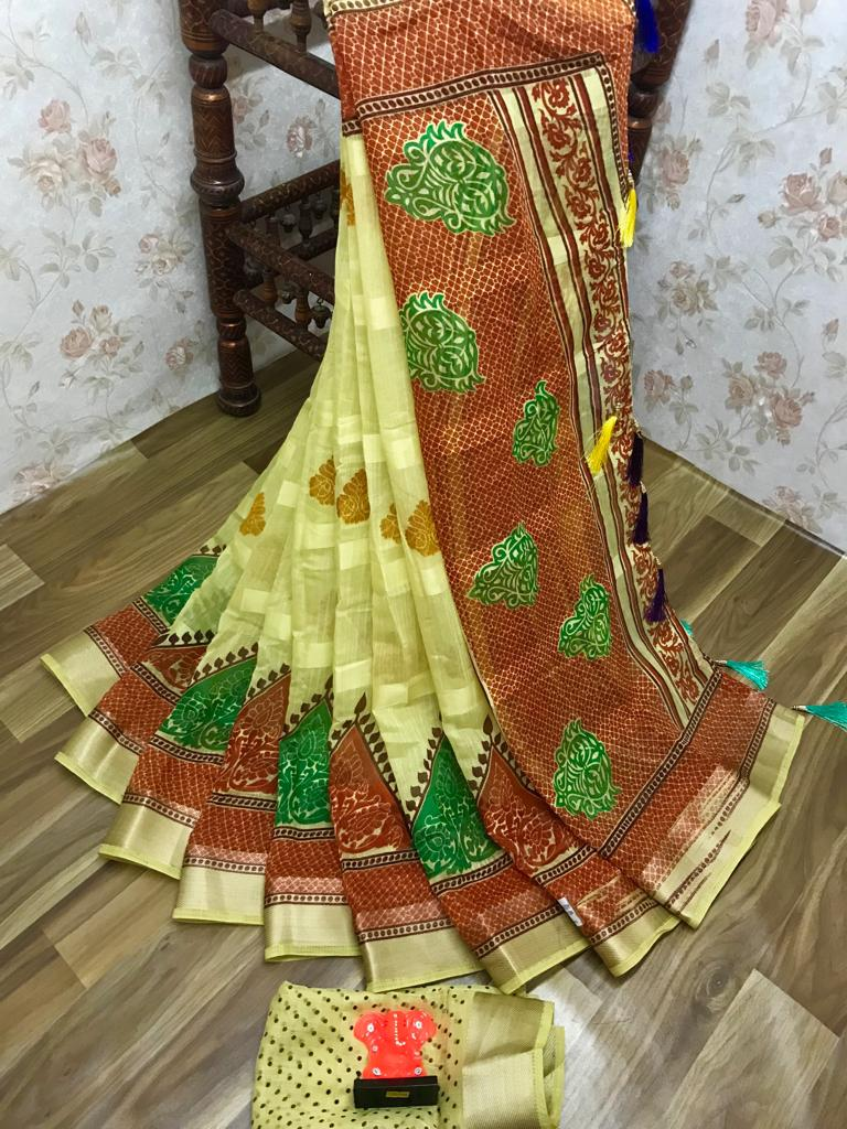 Jazzy Pure Linen Yellow Colored Casual Printed Saree