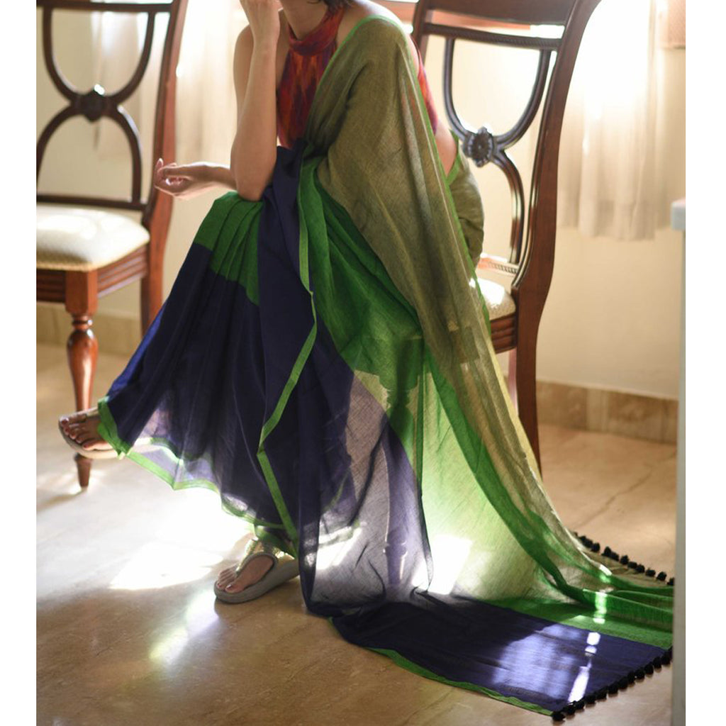 Surpassing Navy Blue And Green Colored Festive Wear Pure Linen Beautiful Designer Saree