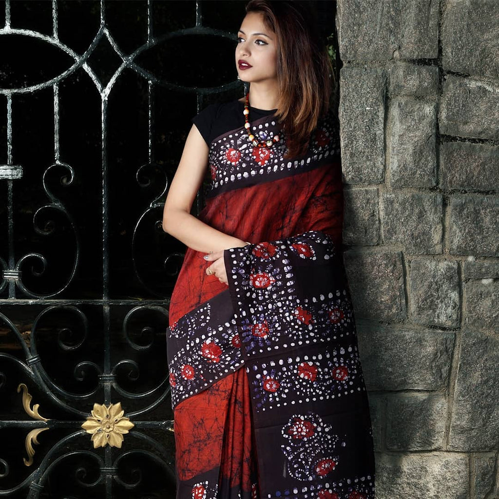 Breathtaking  Red Colored  Festive Printed  Pure Linen Saree