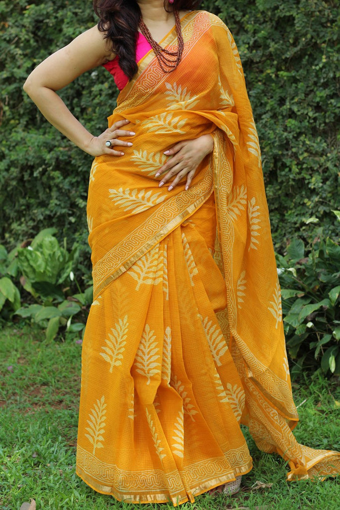 Mesmerising Yellow Colored Printed Pure Linen Saree