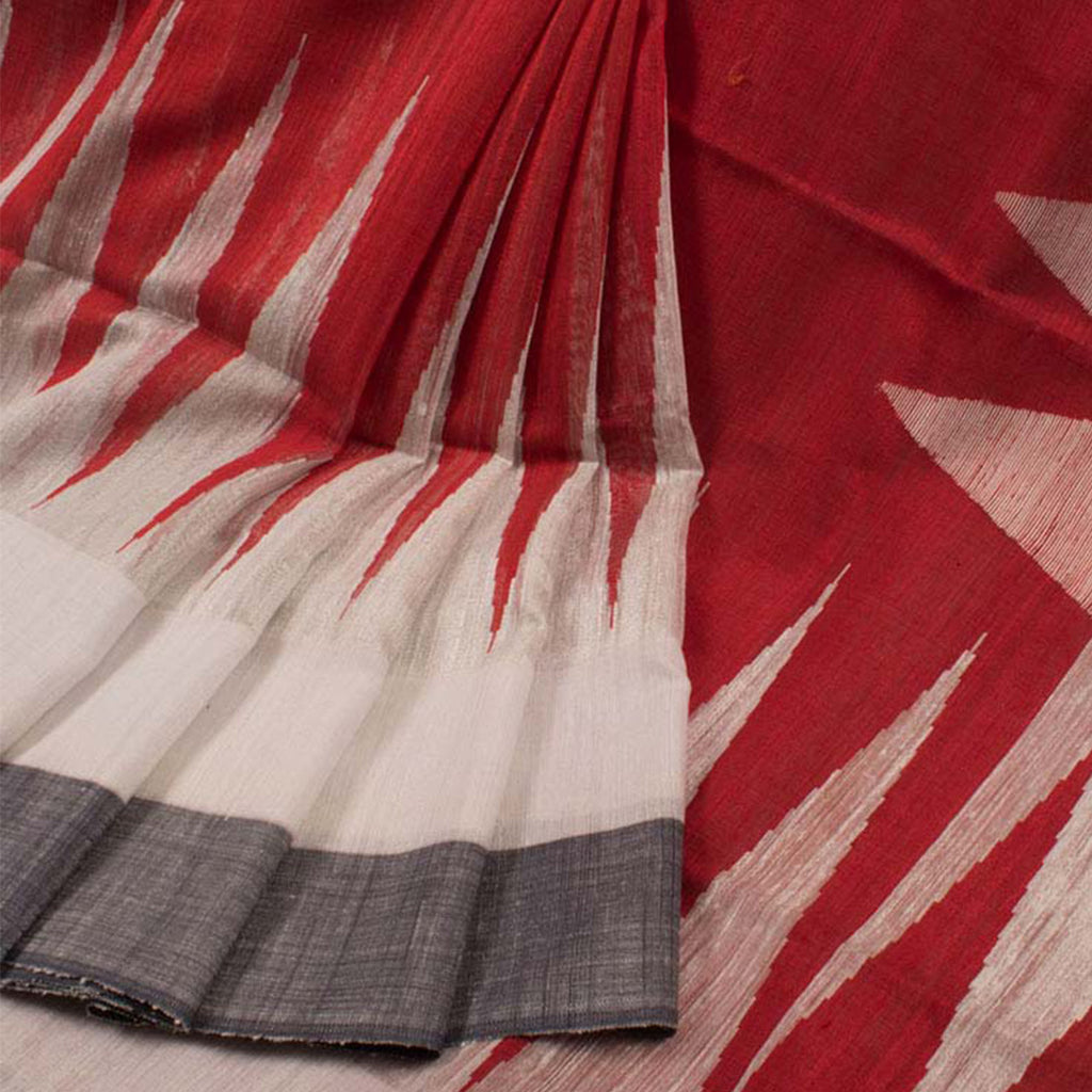 Flamboyant  Festive Wear White And Red Colored   Printed  Pure Linen Saree