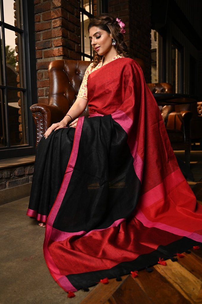 Sizzling Women's Red And Black Colour Pure Linen Saree With Blouse Piece
