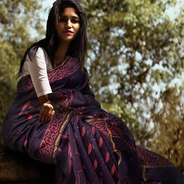 Impressive Dark Purple  Colored Party Wear Pure Linen Printed Saree