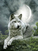 Load image into Gallery viewer, Wolf Under Moon