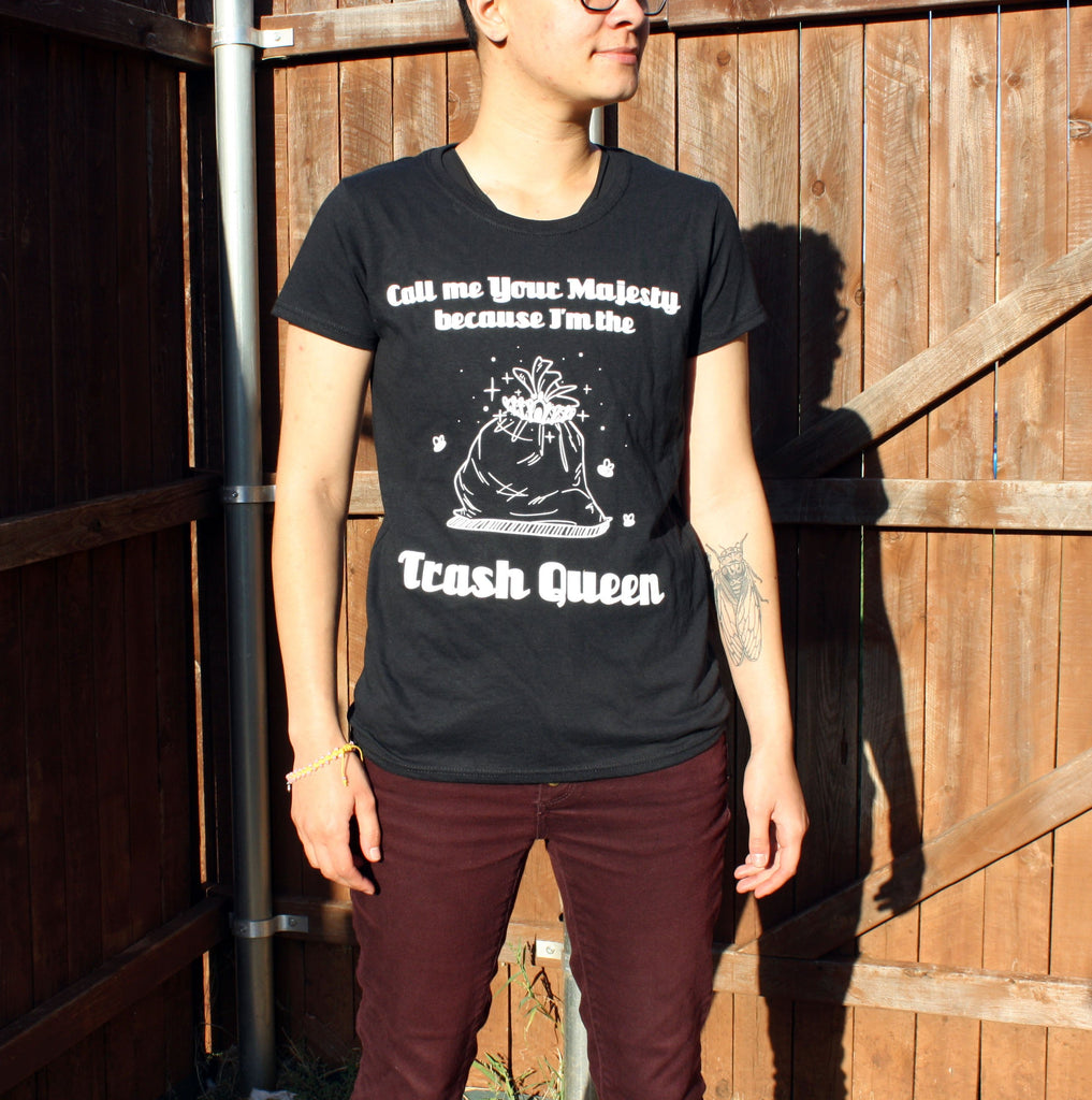 Trash Queen Graphic T-shirt - 20% Off