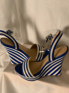 BLUE STRIPE WEDGES SIZE 8 1/2