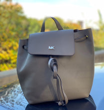 Load image into Gallery viewer, MICHAEL KORS GREY BACKPACK