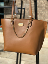 Load image into Gallery viewer, MICHAEL KORS TOTE