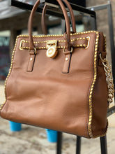 Load image into Gallery viewer, MICHAEL KORS LARGE TOTE
