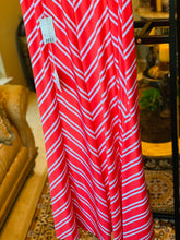 Load image into Gallery viewer, VALERIE STEVENS MAXI SKIRT SIZE SMALL