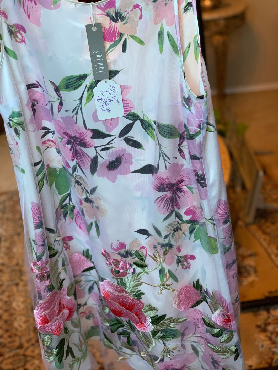 FLOWER PRINT MEDIUM DRESS