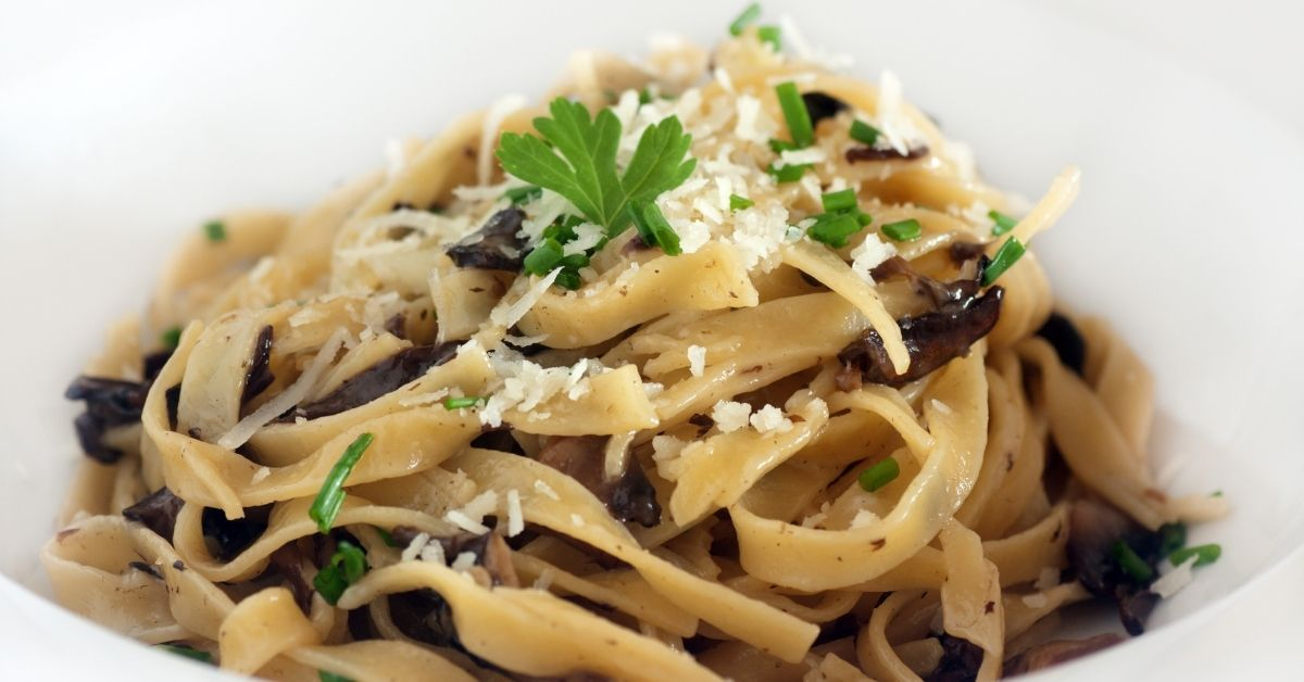 Garlic Mushroom With Lemon Tagliatelle