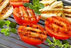 Grilled Tomatoes with Garlic