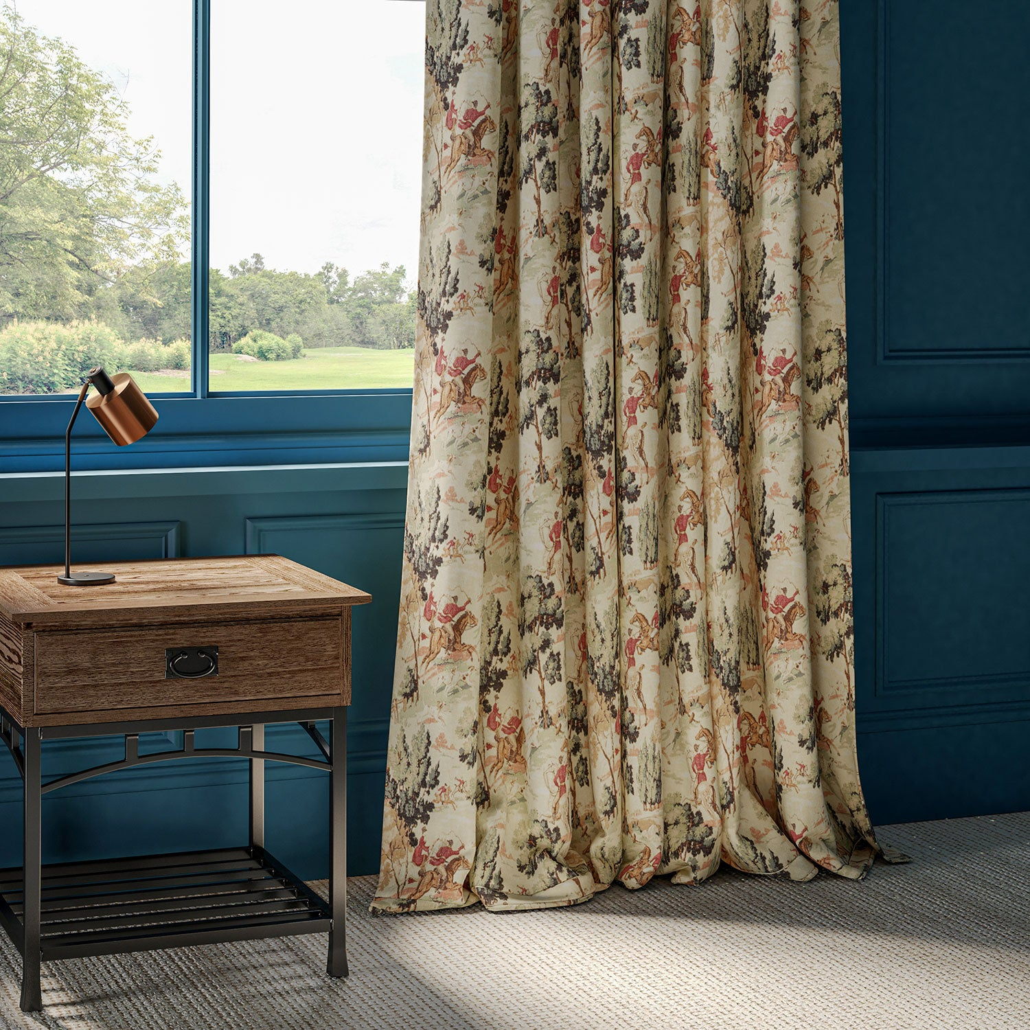 Curtains in a luxurious cotton velvet with Hunting Scene.