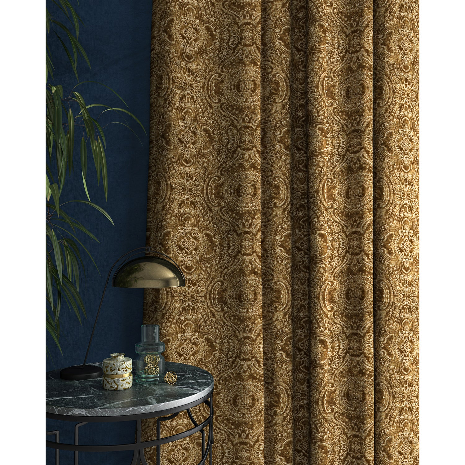 Curtain in a gold and white velvet fabric with intricate jewel design