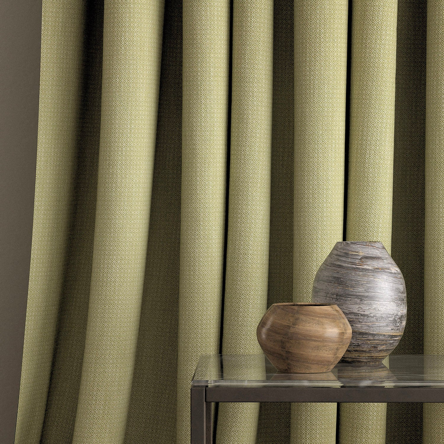 Curtain in a pear and neutral weave fabric with a small diamond design and a stain resistant finish