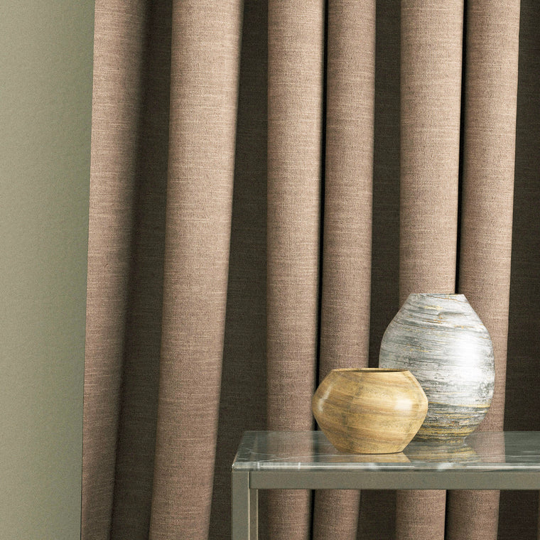 Curtain in a mink coloured linen blend fabric