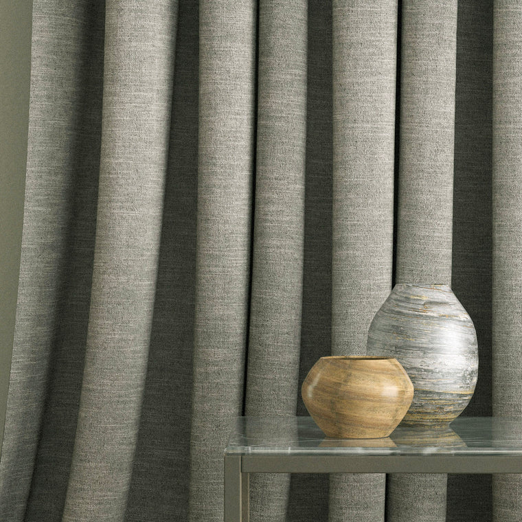 Curtain in a grey linen mix fabric