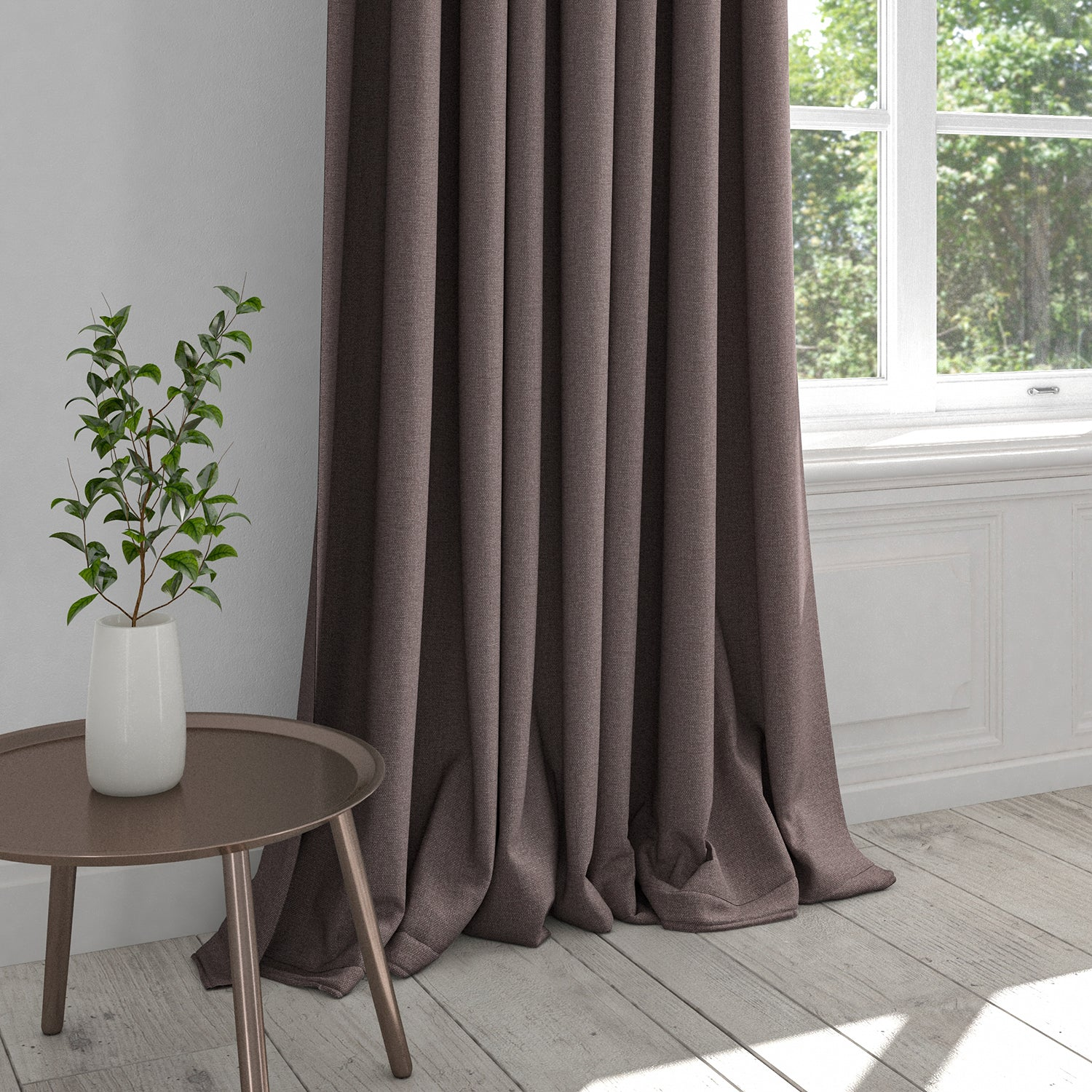 Curtain in a washable plain purple cotton fabric