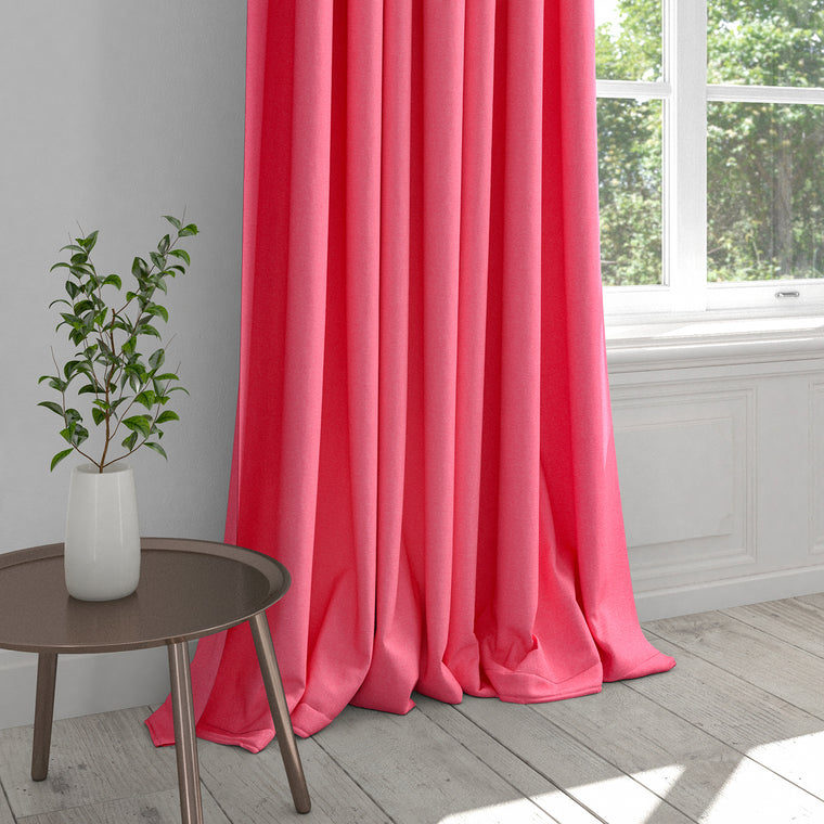 Curtain in a candy pink plain cotton fabric