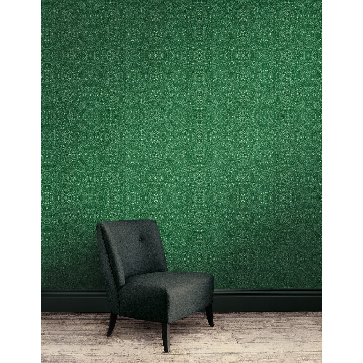 Wallpaper for walls in emerald green and white with an intricate jewel like design